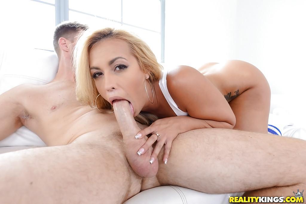 Kelsi Monroe Pornos & Sexfilme Kostenlos - FRAUPORNO